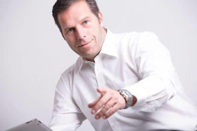 Peter-Fürsicht---max2-consulting-UG-Optimierung,-Wartung-und-Weiterentwicklung-von-Webseiten-und-Fanpages